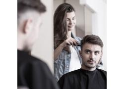 理发师和顾客