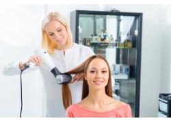 顾客和理发师