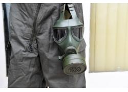 防毒面具工作人员
