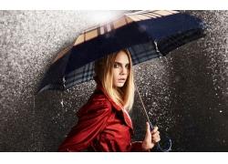 撑伞的美女壁纸