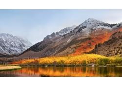 秋天雪山湖水风光
