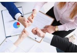 签合同大拇指商务团队