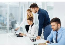 办公室商务男女