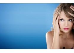 人,泰勒斯威夫特,名人,金发,妇女,面对,歌手,简单的背景,项链6816