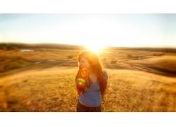 人,性質,太陽,戶外的女人,鏡頭光暈,陽光,婦女,領域,長發,望著遠