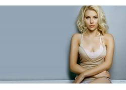 人,斯嘉丽约翰逊,演员,金发,妇女,看着观众,胸部,简单的背景21954