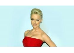 人,Amber Heard,红色礼服,金发,裸露的肩膀,简单的背景,妇女,微笑