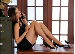 人,短剑,电话,腿,办公室,美女,黑色高跟鞋,模特,黑裙子,连衣裙261