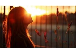 人,陽光,美女,橙子,日落,閉著眼睛,城市的,戶外的女人,植物25539