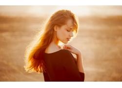 人,阳光,美女,黑发,闭着眼睛,户外的女人,面对,在户外,长发70431
