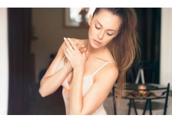 人,美女,女用贴身内衣裤,黑发,闭着眼睛,胸部,长发,模特65848
