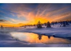 景观,冬季,薄雾,天空,冷,霜,树木,雪,屋,河,云,挪威277997