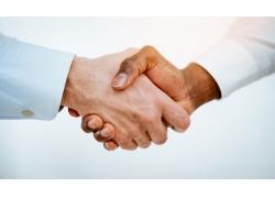 合作握手商务男人