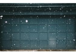 夜色中的雪花建筑