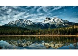 自然山川岩石峭壁风景摄影图片