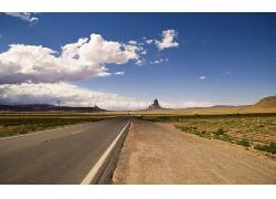 蓝天白云高速路马路摄影图片