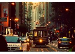 城市来往汽车
