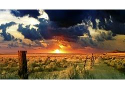 晚霞傍晚天空草地牧场风景风光景观照片