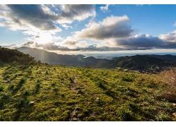 天空草地大山树木风景风光景观照片
