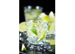 冰镇柠檬水图片