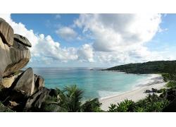 海边大海边海滩沙滩蓝天白云景观风景高清图片