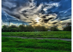 美丽优美大草地原野草地云霞天空景观风景高清图片