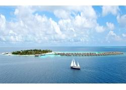 优美美丽沙滩海滩小岛帆船景观美景高清图片