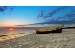 优美美丽海滩大海日落帆船景观美景高清图片