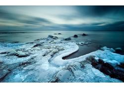 优美美丽海滩大海冬季海岛结冰景观美景高清图片