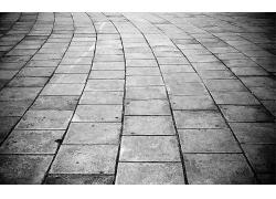 單色人行道的石磚