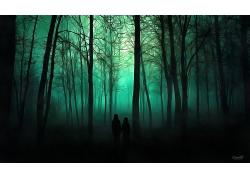 阴森的树林与两个人员