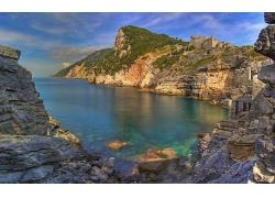 湖泊山崖风景壁纸
